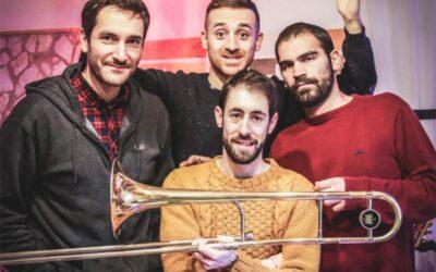 Precario Swing – di The Club Swing Band