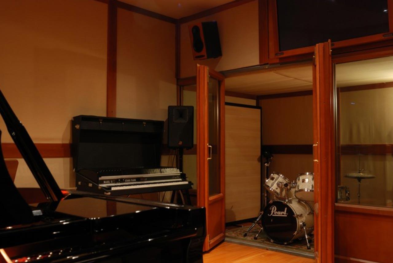 03 - BOX DRUM - Recording room - Nuccia Studio - Roma - Prati